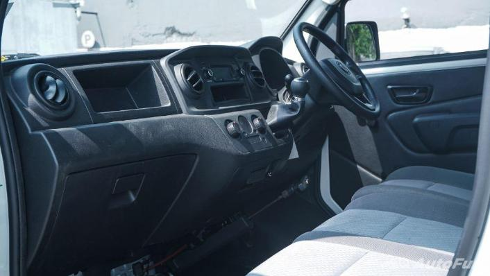 DFSK Super Cab 2019 Interior 001