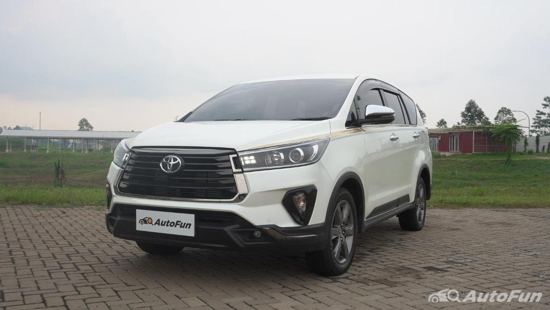 2021 Toyota Kijang Innova Exterior 005