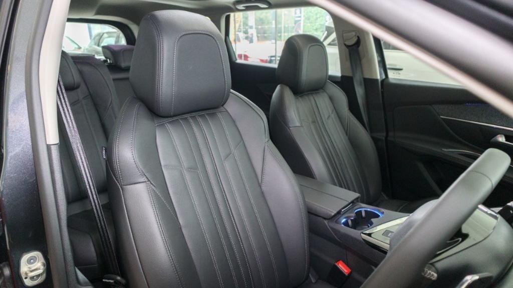 Peugeot 5008 2019 Interior 026