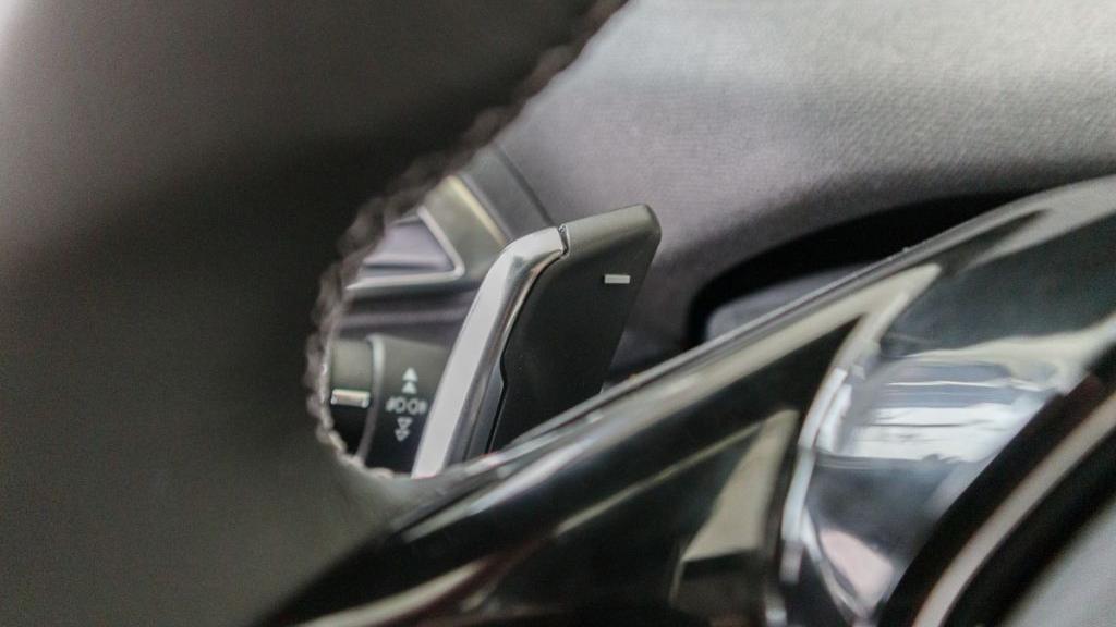 Peugeot 3008 2019 Interior 010