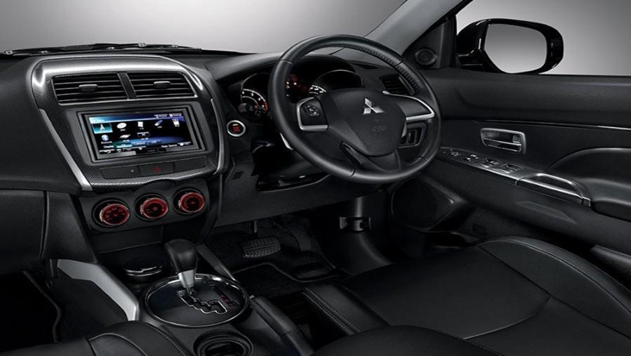 Mitsubishi Outlander Sport 2019 Interior 001
