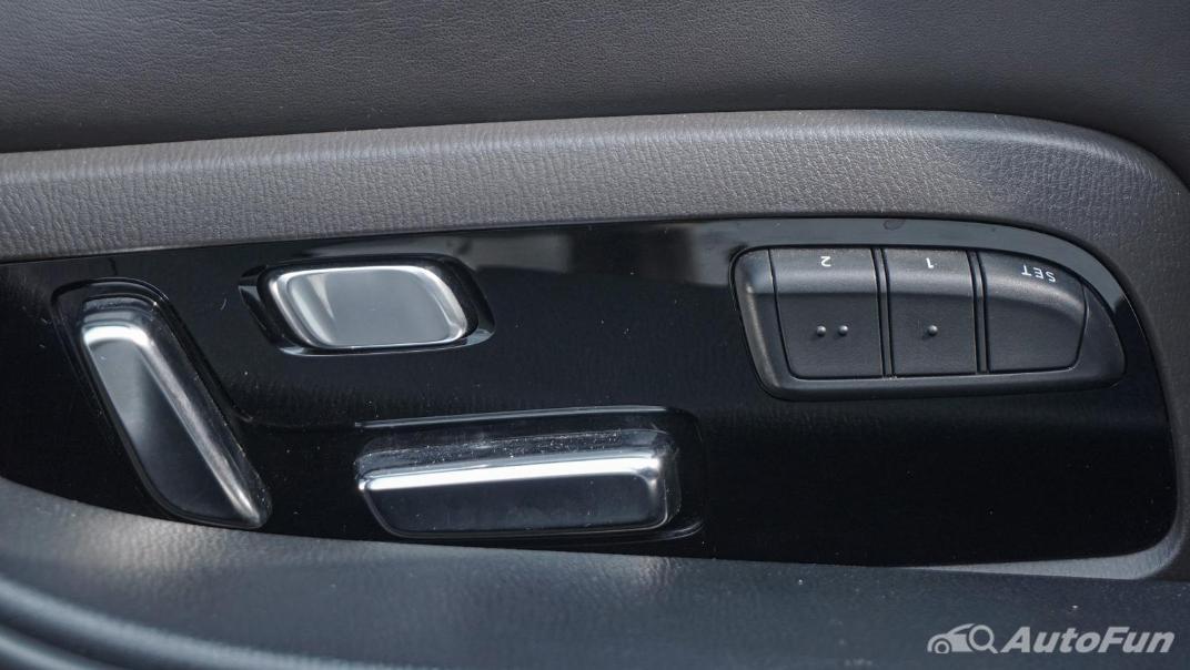 Mazda 6 Elite Estate Interior 044