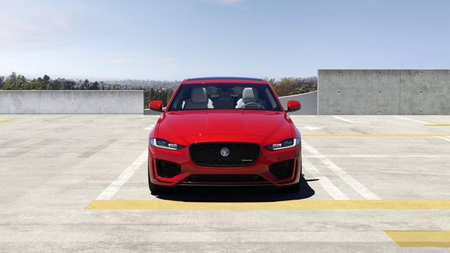 Jaguar XE 2019 Exterior 010