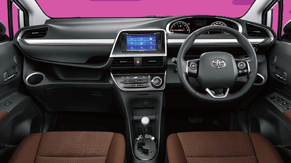 Toyota Sienta 2019 Interior 001