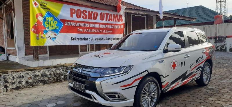 Berkat Fitur Mitsubishi Outlander PHEV Berhasil Menolong Korban Erupsi Gunung Merapi 02