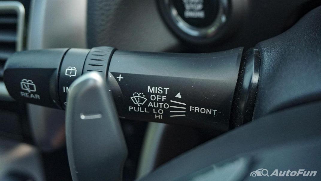 Mitsubishi Eclipse Cross 1.5L Interior 014