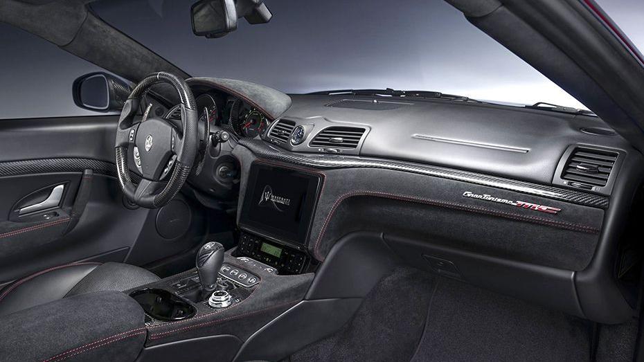 Maserati Granturismo 2019 Interior 001