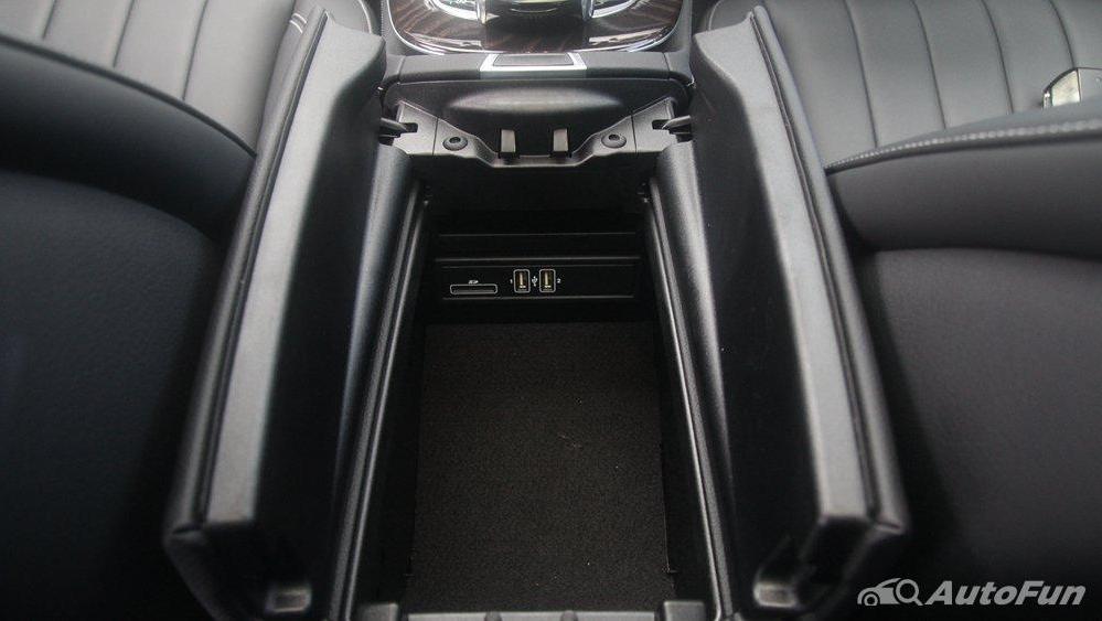 Mercedes-Benz E-Class 2019 Interior 024