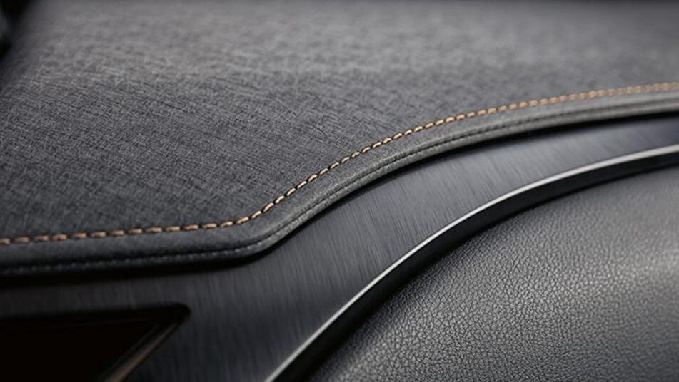 Lexus UX 2019 Interior 008