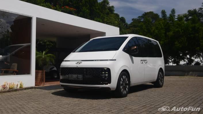 2021 Hyundai Staria Signature 7 Exterior 001