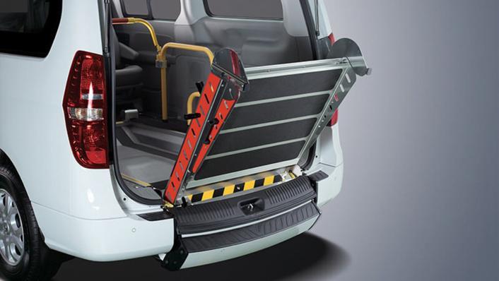 Hyundai Starex 2019 Interior 009