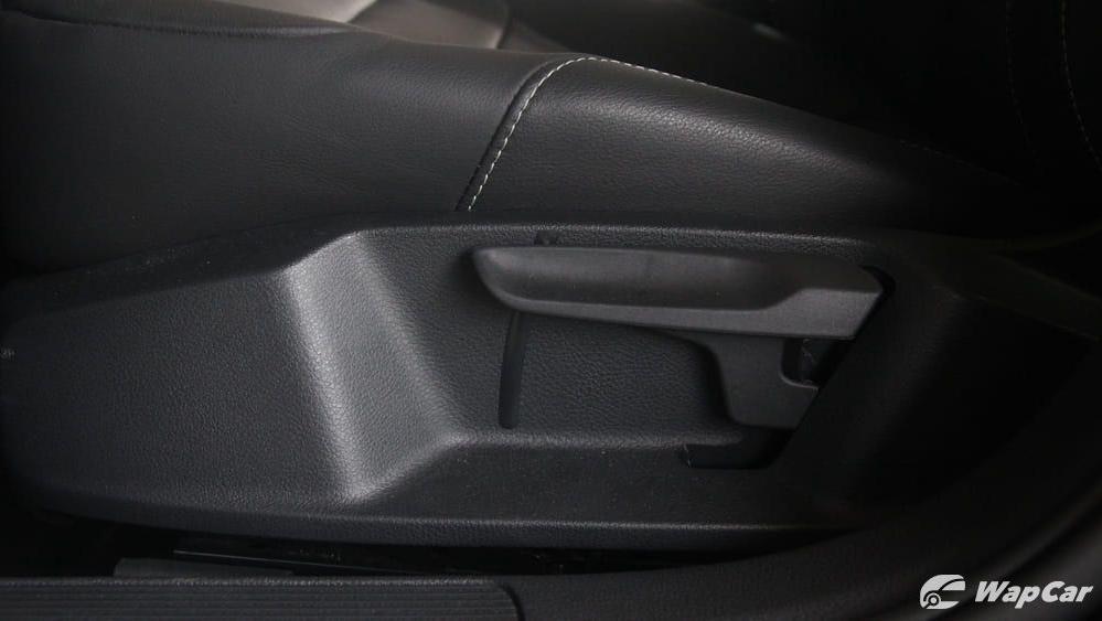 Volkswagen Golf 2019 Interior 057