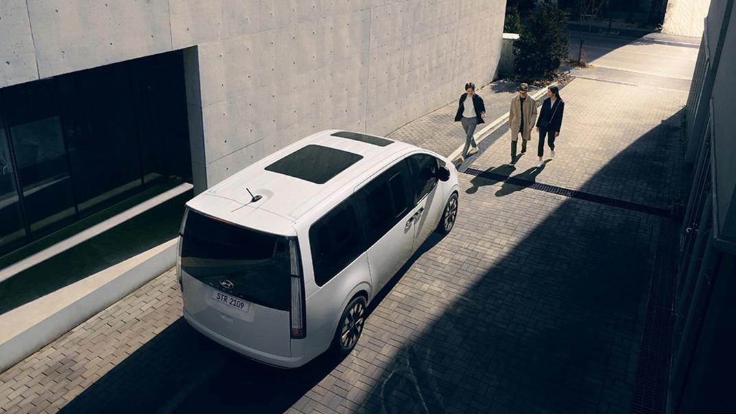 2021 Hyundai Staria Exterior 008