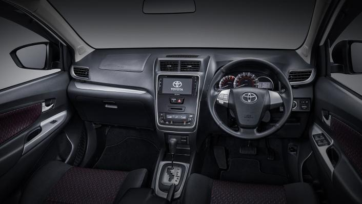 2021 Toyota Veloz 1.5 A/T GR Limited Interior 001
