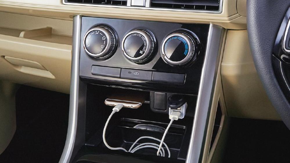 Mitsubishi Xpander 2019 Interior 009