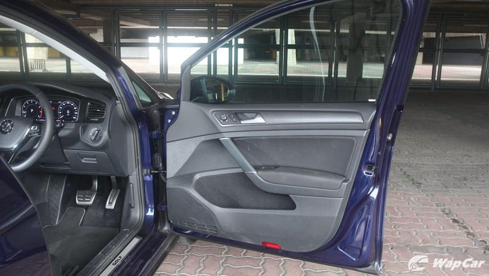 Volkswagen Golf 2019 Interior 058