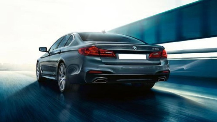 BMW 5 Series Sedan 2019 Exterior 003