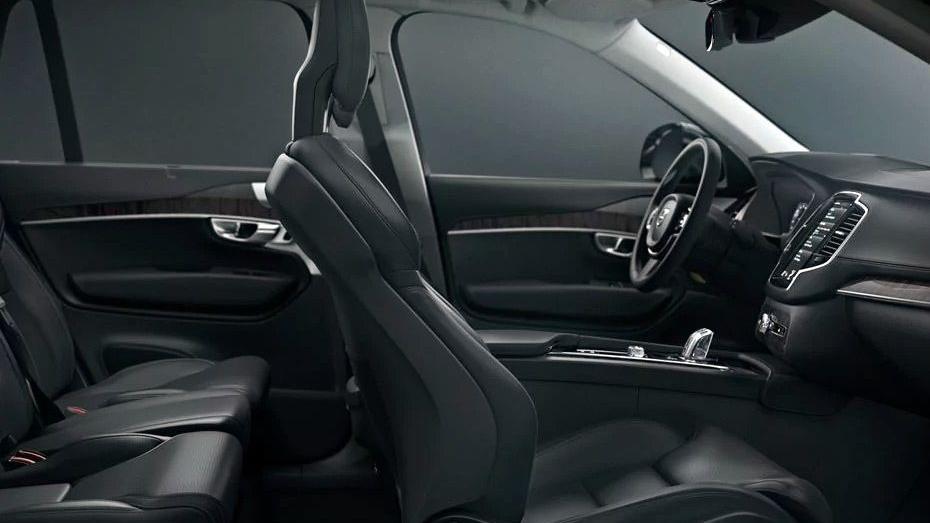 Volvo XC90 2019 Interior 010