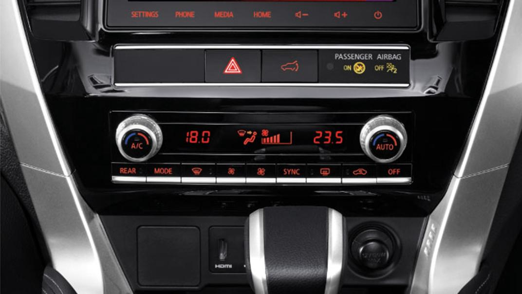 2021 Mitsubishi Pajero Sport Interior 005