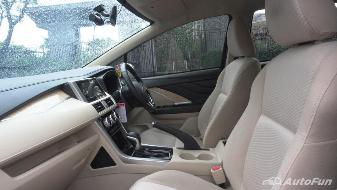 2020 Mitsubishi Xpander Ultimate A/T Interior 027