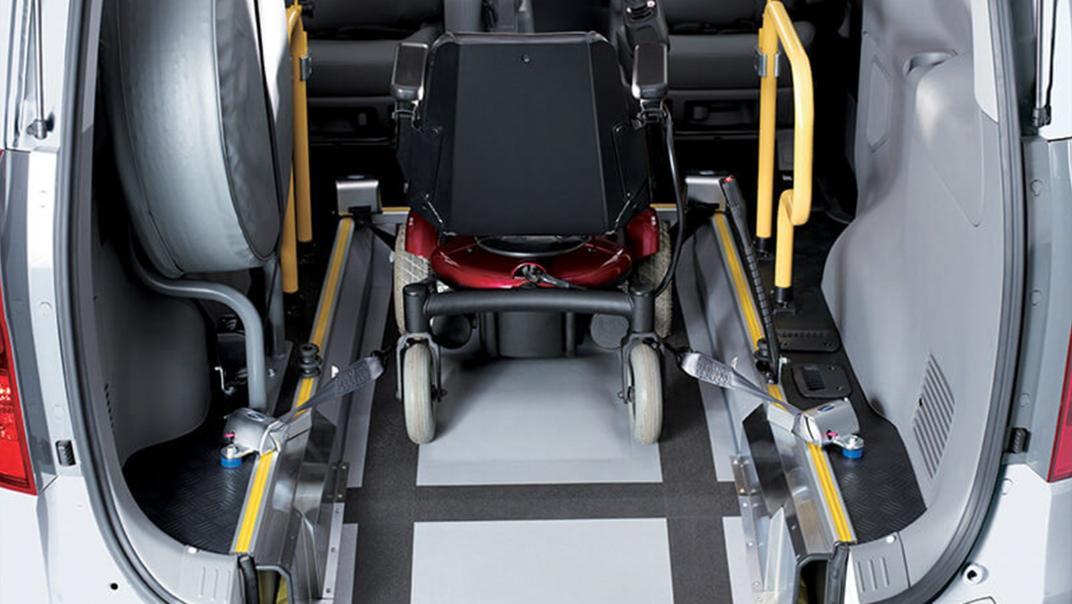 Hyundai Starex 2019 Interior 011
