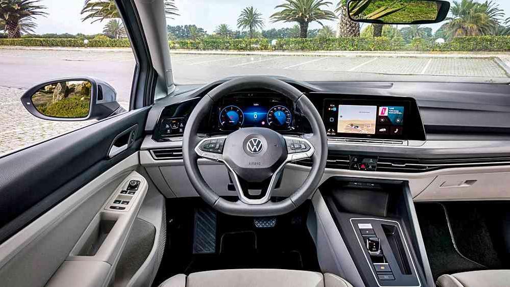 Volkswagen Golf 2019 Interior 060