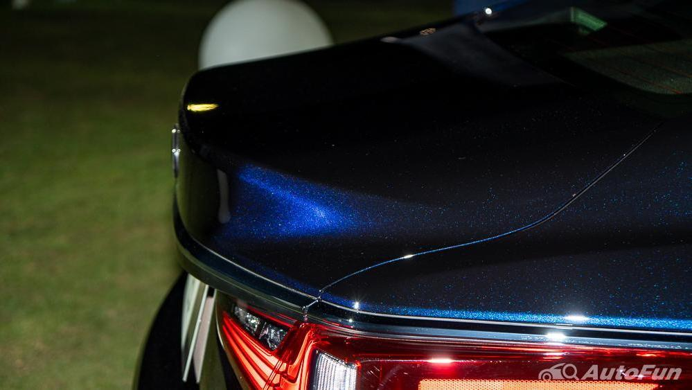 Lexus ES 2019 Exterior 024