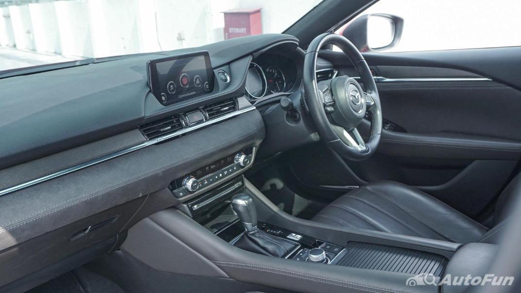Mazda 6 Elite Estate Interior 004