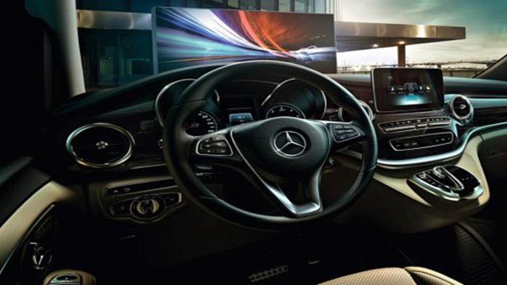 Mercedes-Benz V-Class 2019 Interior 005