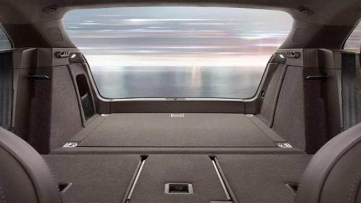 Porsche Macan 2019 Interior 004