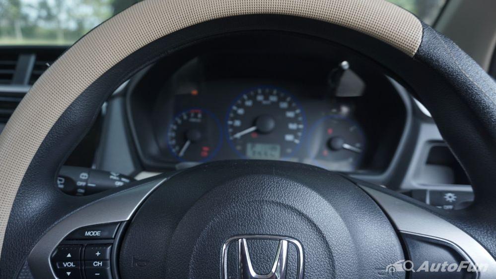 Honda Mobilio E CVT Interior 005