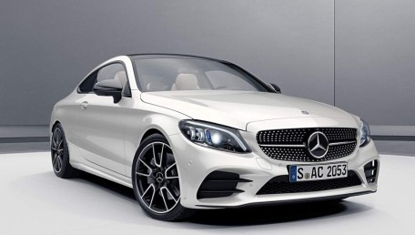 Mercedes-Benz C-Class C 300 AMG Line Daftar Harga, Gambar, Spesifikasi, Promo, FAQ, Review & Berita di Indonesia | Autofun