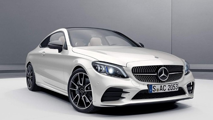 Mercedes-Benz C-Class 2019 Exterior 001