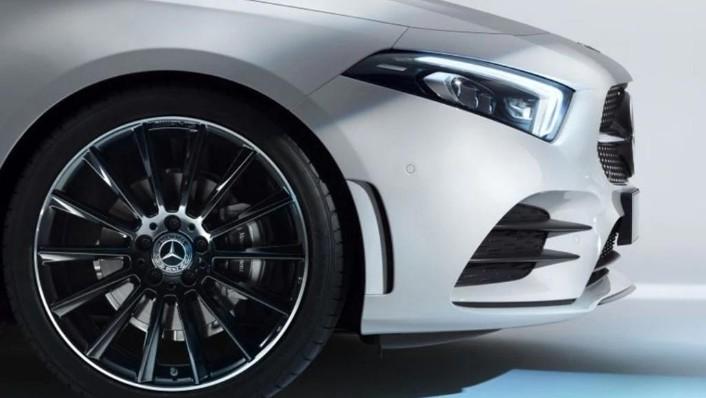 Mercedes-Benz A-Class 2019 Exterior 007