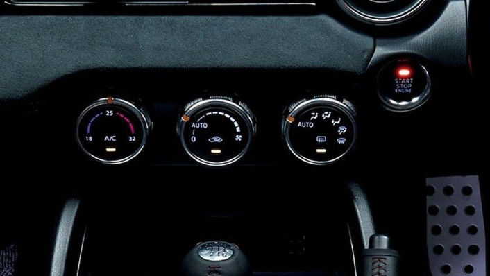 Mazda MX 5 RF 2019 Interior 006