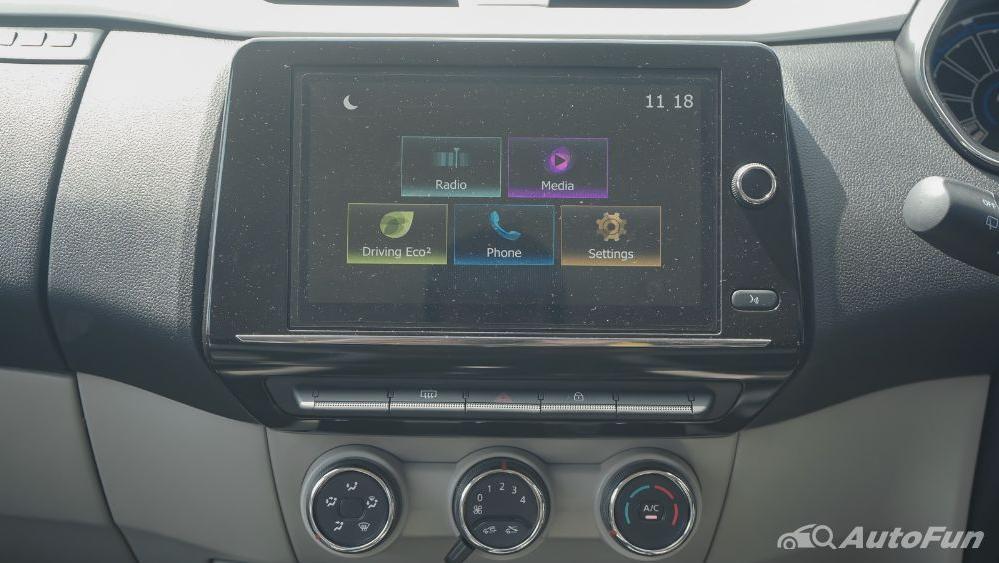 Renault Triber RXZ MT Interior 006
