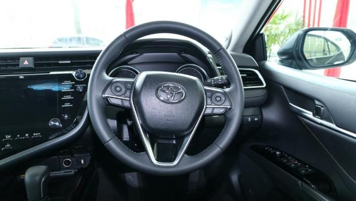 Toyota Camry 2019 Interior 005