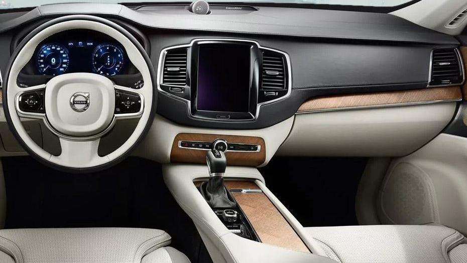 Volvo XC90 2019 Interior 001