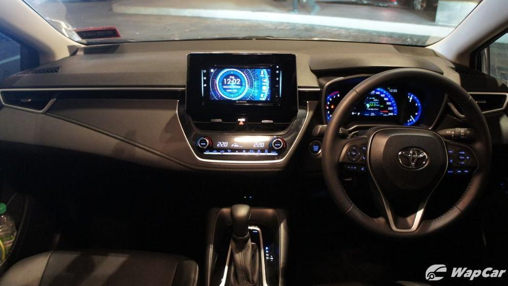 Toyota Corolla Altis 2019 Interior 003