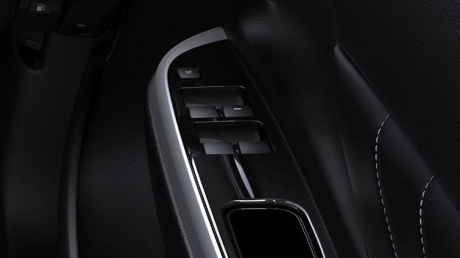 Mitsubishi Triton 2019 Interior 057