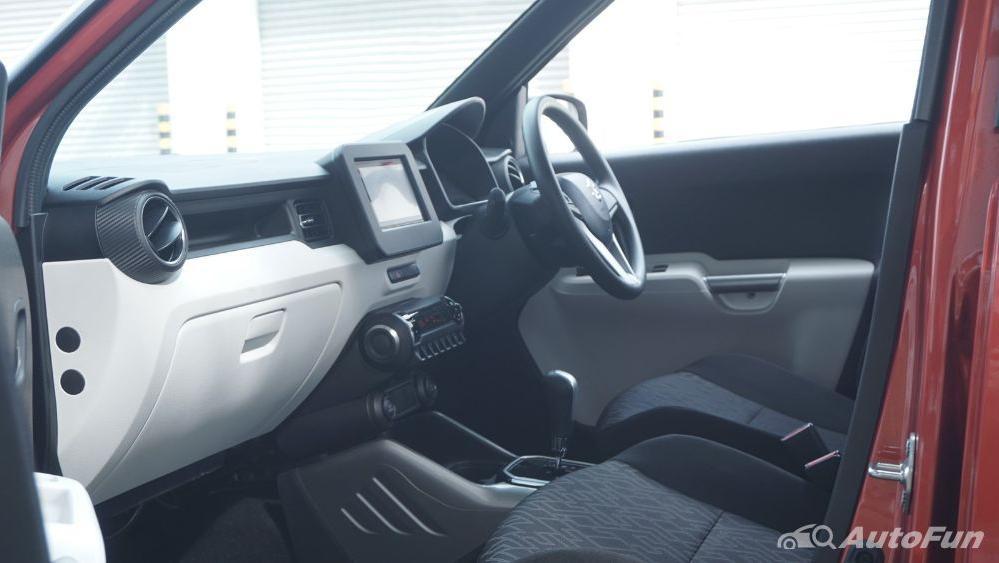 Suzuki Ignis GX AGS Interior 031