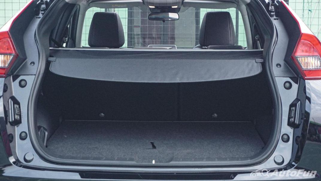 Mitsubishi Eclipse Cross 1.5L Interior 091