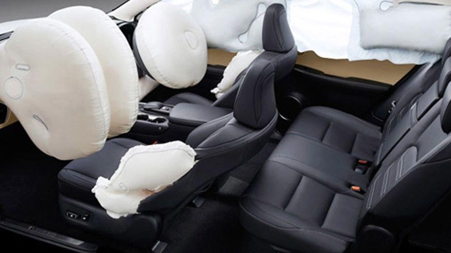 Lexus NX 2019 Interior 011