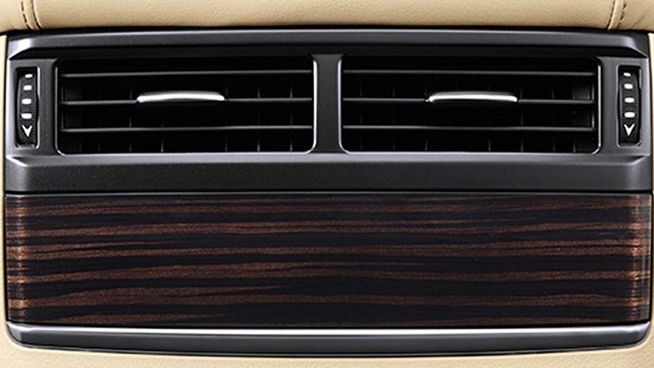 Lexus LX 2019 Interior 007