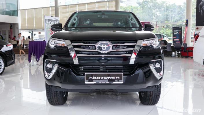 Toyota Fortuner 2019 Exterior 004