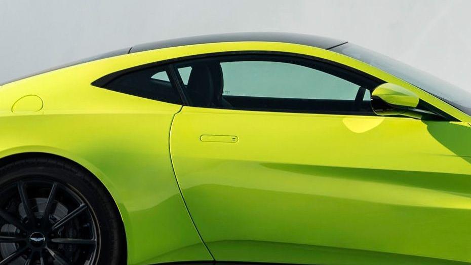 Aston Martin Vantage 2019 Exterior 008