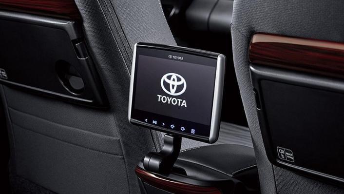 2020 Toyota Kijang Innova 2.0 VA/T Interior 007