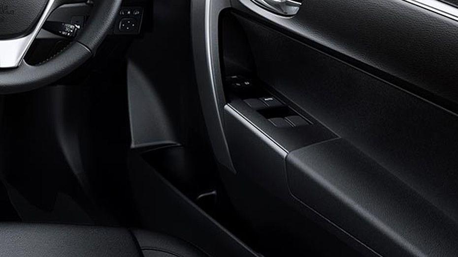 Toyota Corolla Altis 2019 Interior 160