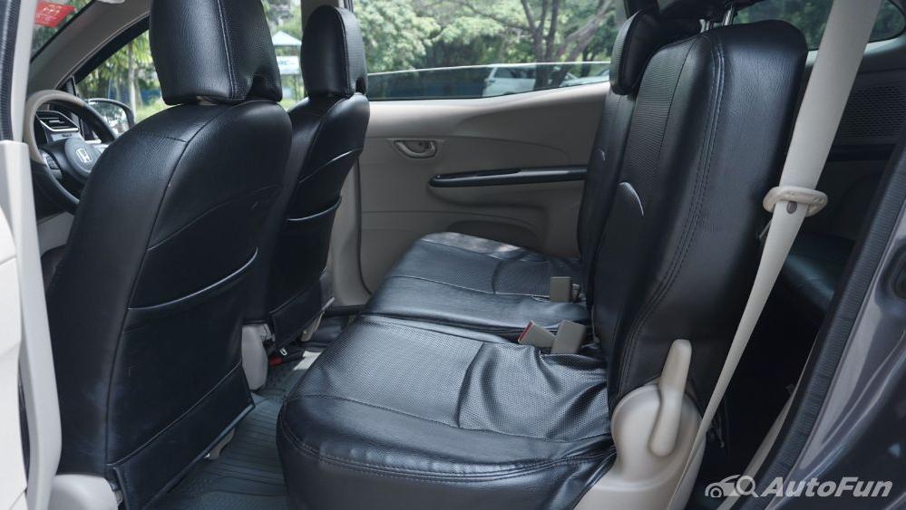Honda Mobilio E CVT Interior 024