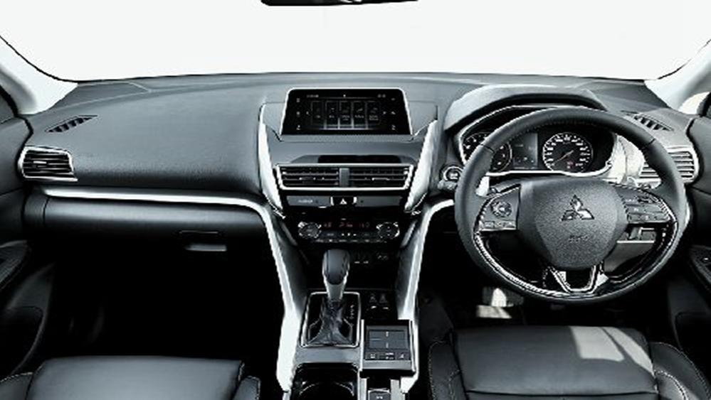 Mitsubishi Eclipse Cross 2019 Interior 002